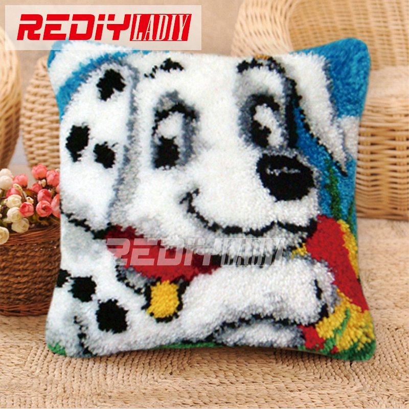 DIY White Dog Pattern Latch Hook Kits Unfinished Embroidery Pillowcase Material