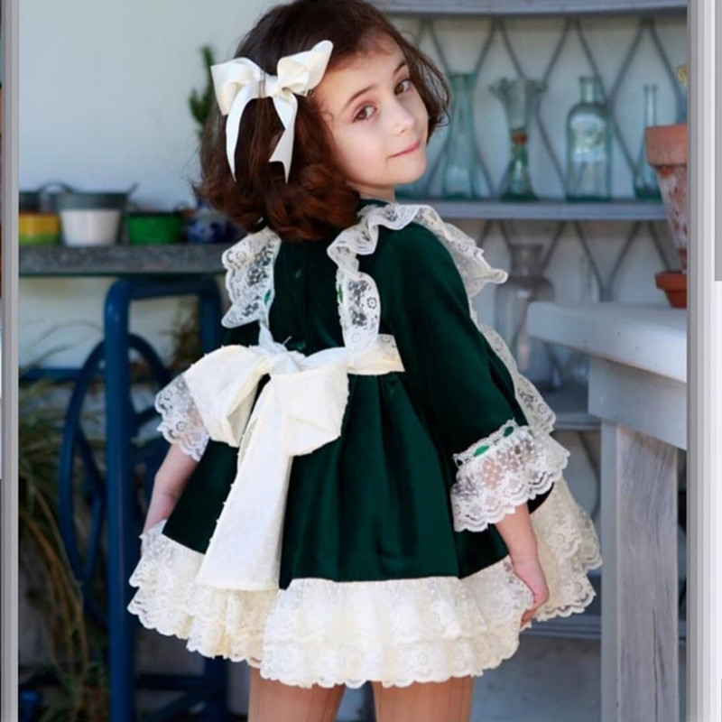 68cfb3da83f15 Spain Royal Kids Dress for Girls Christmas Party Bow Lace Princess Wedding  Dresses Children Clothing Xmas Baby Vestido Green