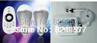 Livraison gratuite 9 W E27 couleur température réglable et dimmable ampoule LED ensemble (deux ampoules et une télécommande et un contrôleur wifi)