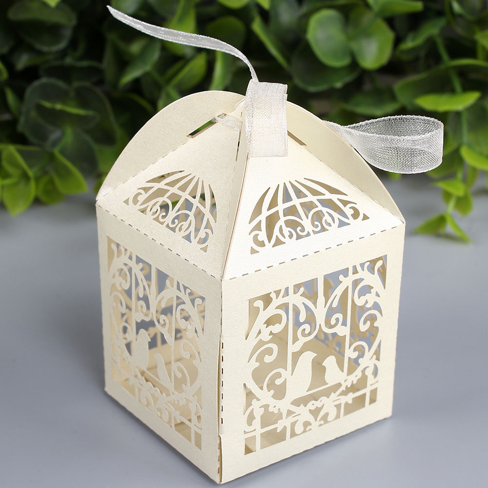 free shipping 50pcs 5 * 5 * 5cm Bird cage hollow square candy box ...