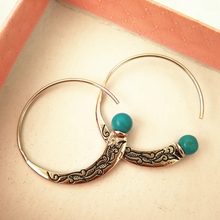 Antique Silver Earrings for Women Vintage Tibetan Silver Hoop Earring with Green Stone Ethnic Jewelry Accessories Gifts for Lady luxury crystal hoop earrings 925 silver green stone women earrings jewelry wedding design earring gifts brinco