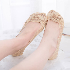 Image 2 - 3Pair Sexy Lace Socks Short Socks Women Summer Thin No Show Women Sock Slippers Casual Thin 3D Art Boat Socks Invisible Meias