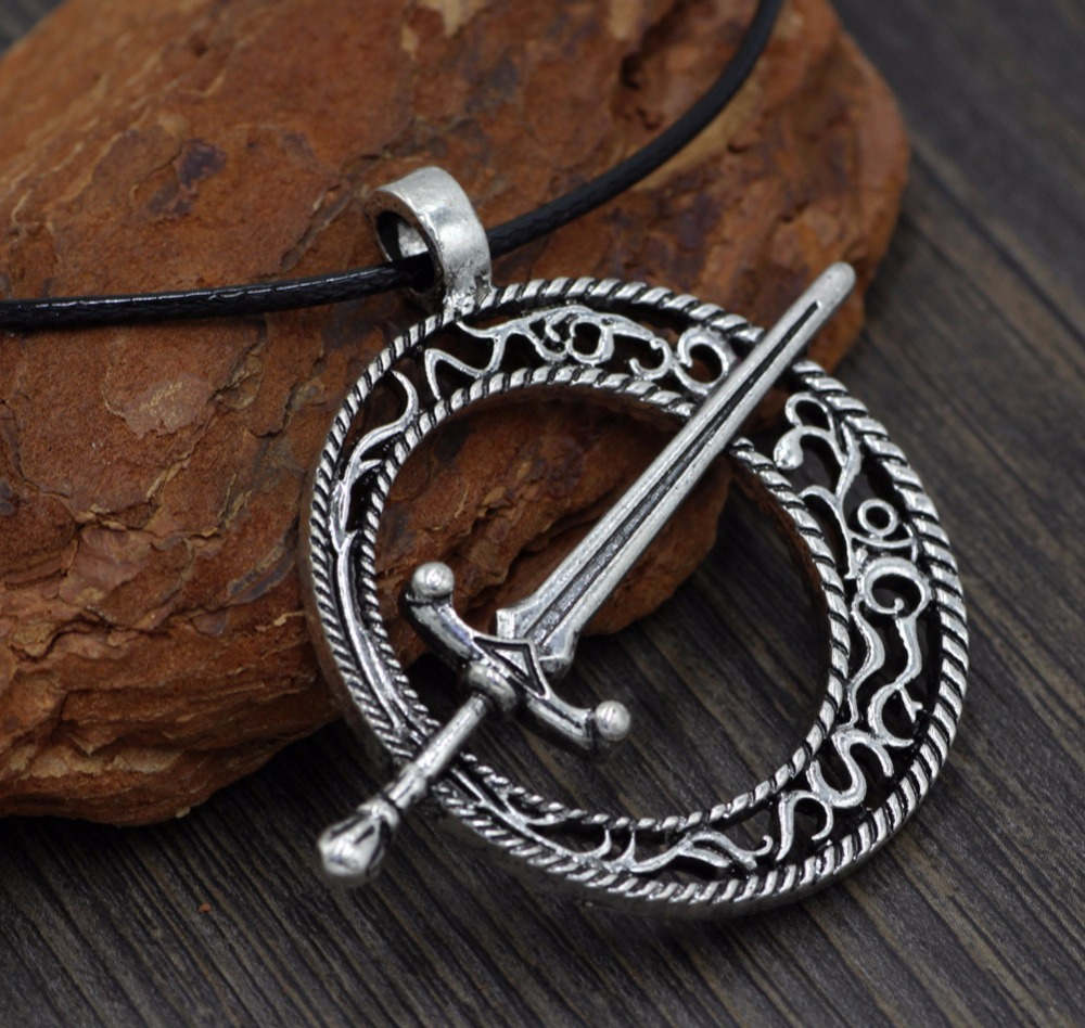 Dark Souls The blade of dark month pendant Restoring ancient ways Hollow out sword necklaces image