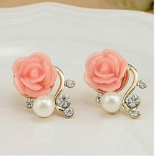 Korean Fashion Jewelry Exaggerated Earrings New Style Korean Women Ol Pink Rose Imitation Pearl Crystal Earrings