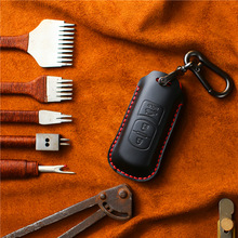 цена на Handmade Genuine Leather Car Key Cover Case Bag for Mazda 2 3 6 CX-5 CX-4 CX-3 CX-8 ATENZA AXELA for Smart Car Key
