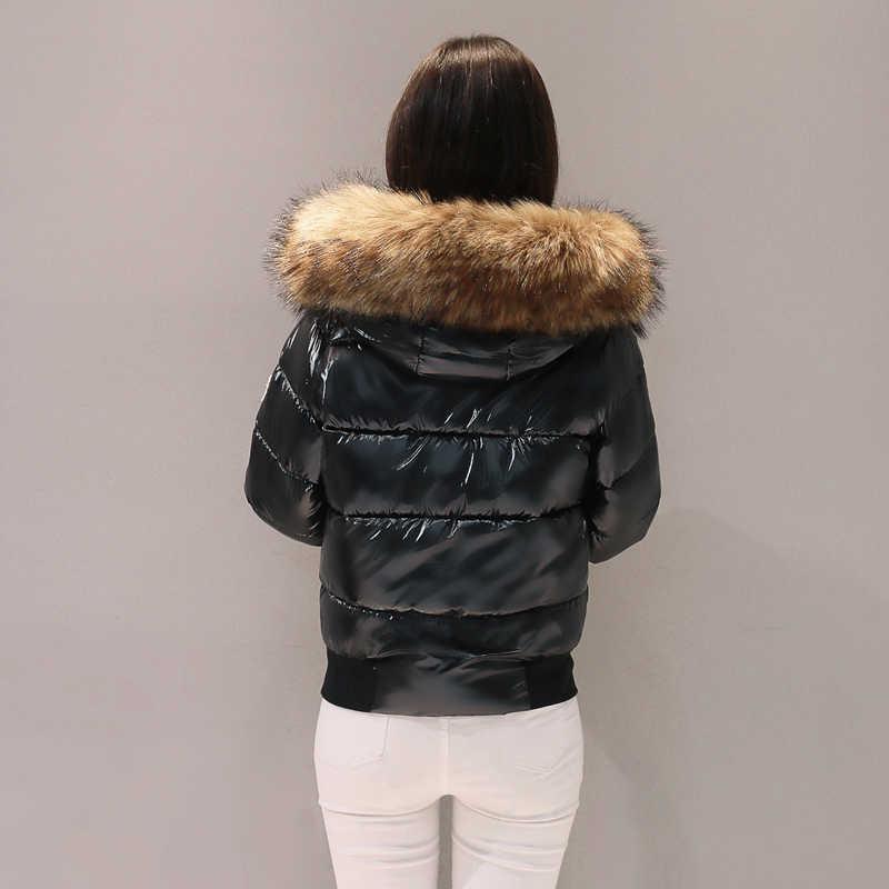 Женская зимняя новая толстая пуховая куртка, модная короткая парка с капюшоном и большим меховым воротником, Женская Повседневная яркая куртка с длинными рукавами Z361