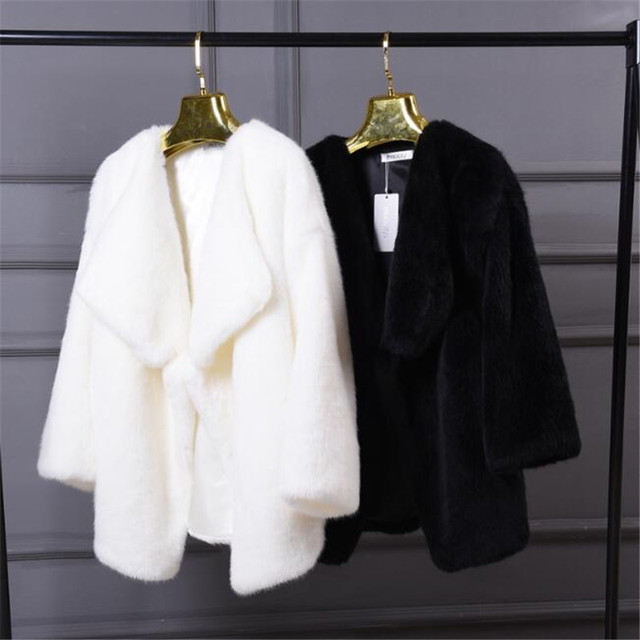 US $53.98 10% OFF|Winter Frauen Faux Pelz Süße Mäntel Weiß Warm Damen Kunstpelz jacke Mode Hight Qualität Faux Nerz Mantel Jacke Schwarz A3874 in
