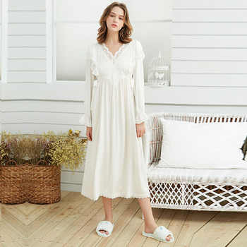 Autumn White Lace Women\'s Princess Sleepwear Soft Viscose Long Sleeve Royal Elegant Female Long Nightgowns Sleep Dress 171123