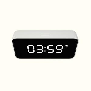 Image 4 - Xiao mi Xiaoai Smart Trasmissione Di voce Di allarme Orologio Da Tavolo ABS Dersktop Orologi AutomaticTime Lavoro di calibrazione Con mi casa app
