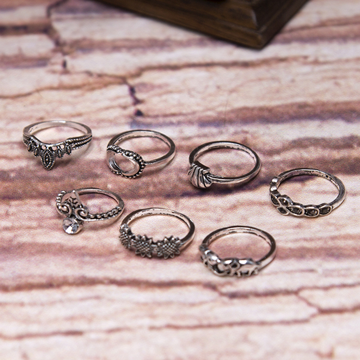 7Pcs Boho Style Hollow Out Rings Set Trendy Bohemian Spiral Gem ...