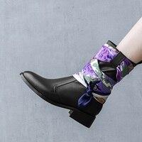 Настоящие женские кожаные ботинки в британском стиле женские сапоги обувь на квадратном каблуке сапоги шарфы Украшения bota черный размер