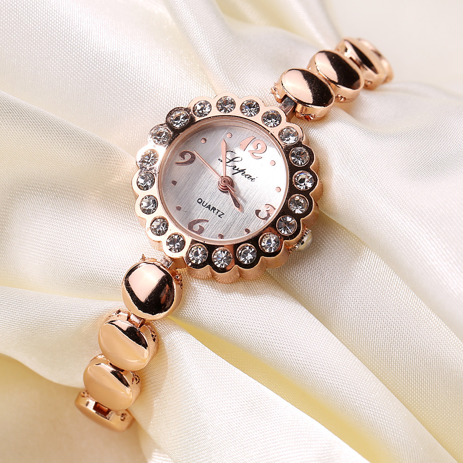 2019 Bracelet Watches for Lady Fashion D