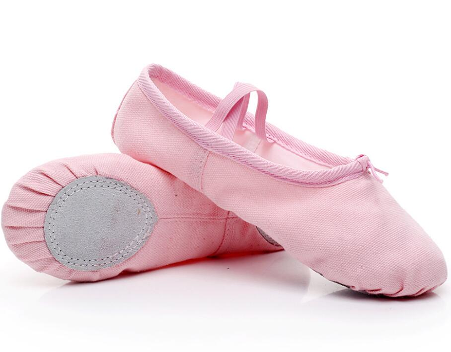 2020 New Hot Style  Soft Sole  Dance Shoes Yoga Sneakers Slippers For Girls Canvas Ballet Dance Girls Kids Women For Exercise