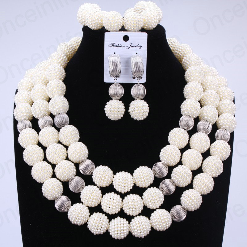 Trendy Nigerian Wedding African Beads Jewelry Sets White Silver Balls Bridal Jewelry Sets Big Design Necklace Set of Beads 2018 недорго, оригинальная цена