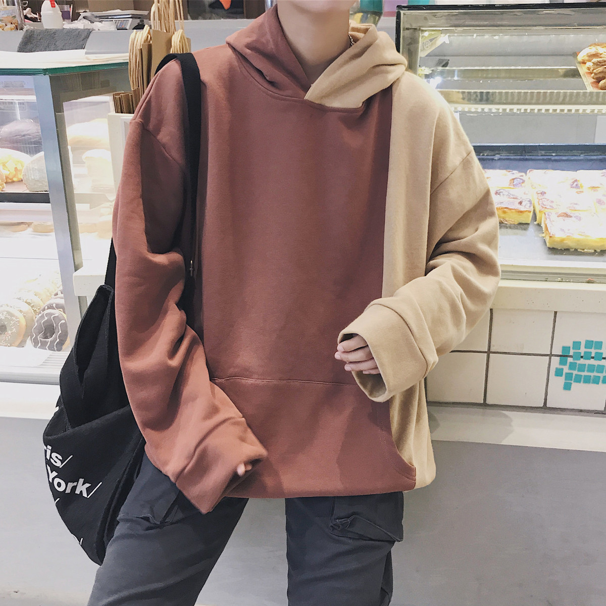 2018 Spring Newest Mens Fashion Tide Splice Even Cap Joker Pullovers Loose Casual Bule/Brown Color Hoodies Sweatshirts M-XL