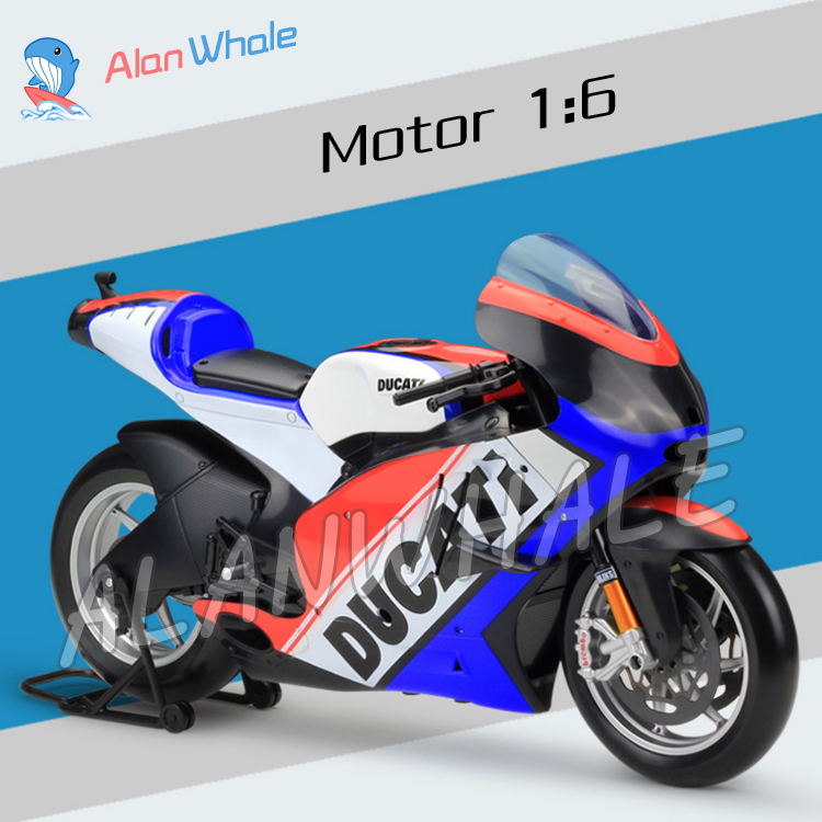 1:6 Scale New Ducati Desmosedici 2011 Metal Diecast Model Motorcycle Motorbike Racing Cars Toys Boys Flag Vehicle Collection