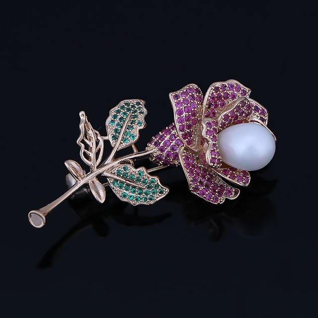 Alta Qualidade Cubic Zirconia Cristal Rose Flor Zircon & Cobre Pinos Broche em Banhado A Ouro