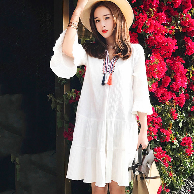 Maternity Clothes Summer 2018 Fashion Loose A-line Chiffon Pregnancy Dress Flare Sleeve Embroidery White Pregnant DressesTunics