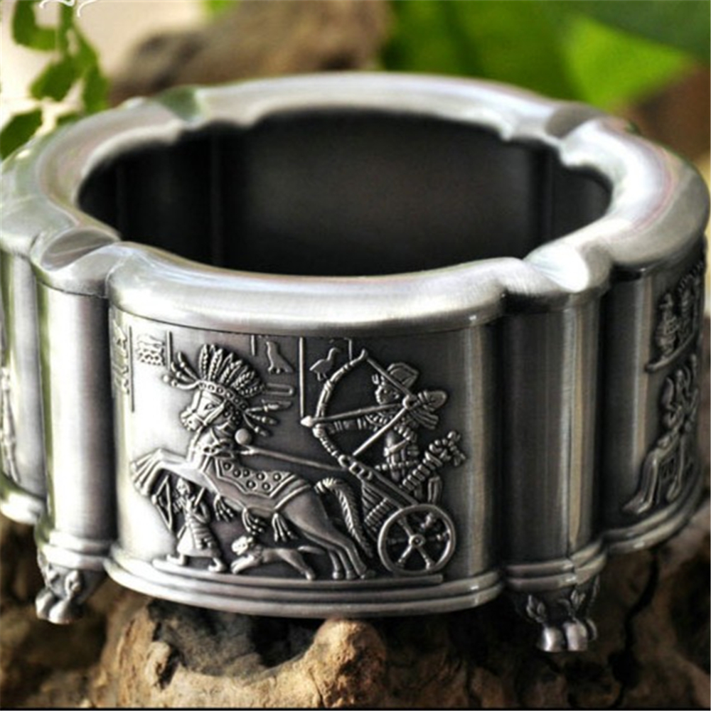 цена Round shape High Quality The ancient Egyptian Zinc Alloy Ashtray Home Office Decoration Best Gift for Boyfriend