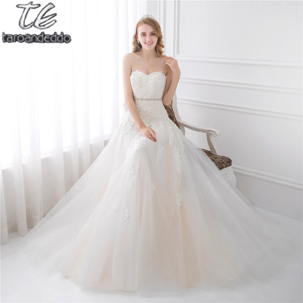 Sweetheart light champagne lace applique wedding dress for Wedding dress champagne lace