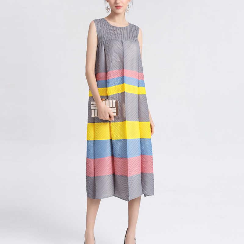 Changpleat Лето 2019 Новый Для женщин в полоску платья Miyak плиссированные рукавов О-образным вырезом Большой эластичные свободные большой Размеры Женское платье прилив