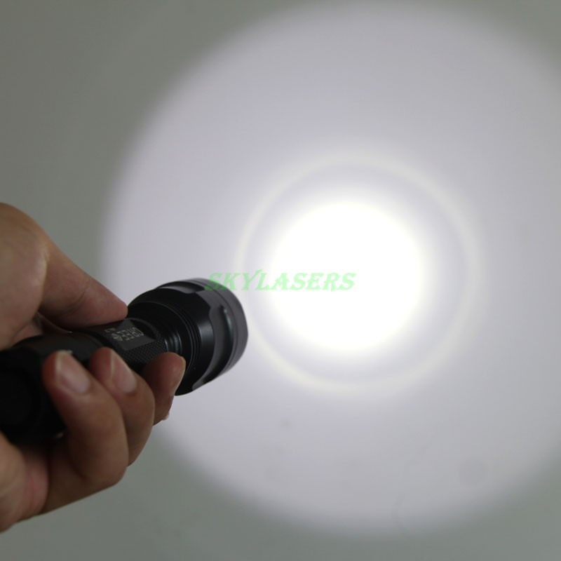 Classic Style C8 XM-L T6 LED 2000LM 5-Mode Flashlight Torch light + 18650 Rechargeable battery + Charger Free Shipping