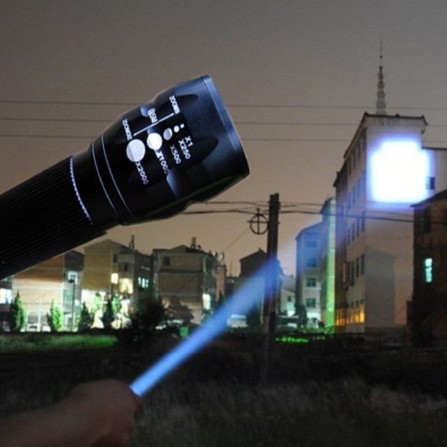 Powerful Led Flashlight Highlighted 2000Lumens 3-Mode Light  LED Military Laser Led Flashlight Zoomable Focus Torch ZK70