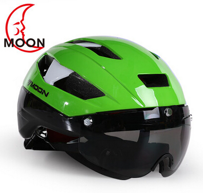 2018 MOON cycling integrated riding helmet e-bike magnetic mountain helmet bike helmet glasses with 3 lens moon flac jeans