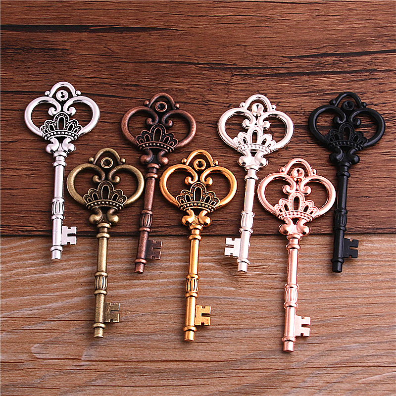2Pcs 7 Color Metal Alloy Lovely Large Crown Key Charms Vintage Jewelry Keys Charms 32*84mm 1