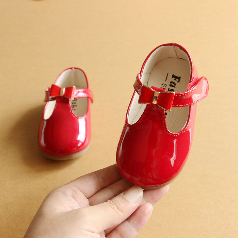 2018 Autumn Flower Girl Dress Shoes 15-25 Red Black White Color Cute Butterfly-knot Patent Leather Baby Princess Shoes Toddler girl shoes spring and autumn flash cute princess children shoes soft insole flat bottom show shoes butterfly knot convenience