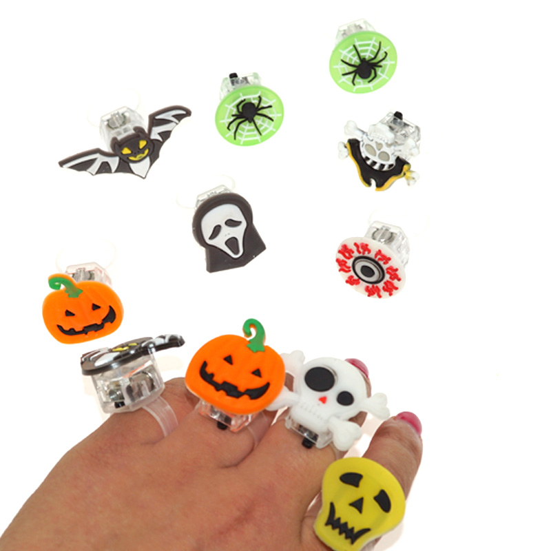 20PC 2017 New Colorful Halloween Flashing LED Finger Ring Children Baby Gifts Light Up Toys Birthday Christmas Party Toys