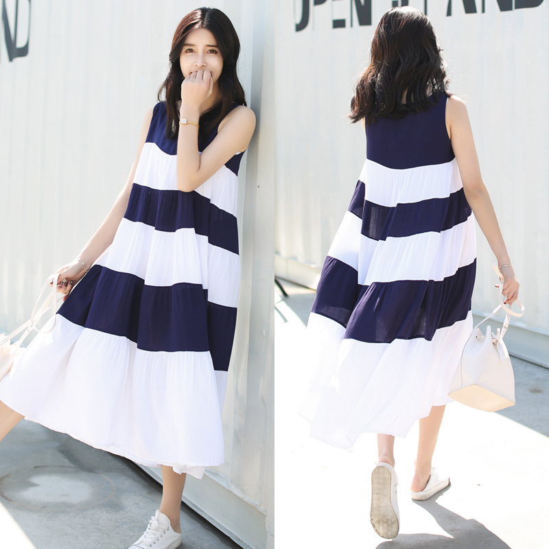 958 2018 new Maternity dress summer dress version of loose splicing stripe sleeveless pregnant woman's long skirt