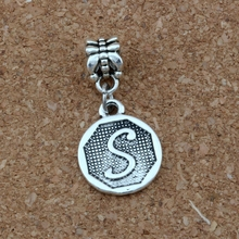 10pcs Double sided Initial Alphabet Disc