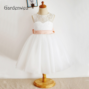 Gardenwed 2019 Ivory Lace Flower Girl Dress Pink Sash Knee Length Little Girls Kids Dress for Wedding Pageant Baby Gown Back Bow