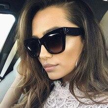 Pop Age Fashion New Cat Eye Sunglasses Luxury Brand Designer Vintage Rivet Shades Women Mirror Sun glasses Oculos UV400 Eyewear