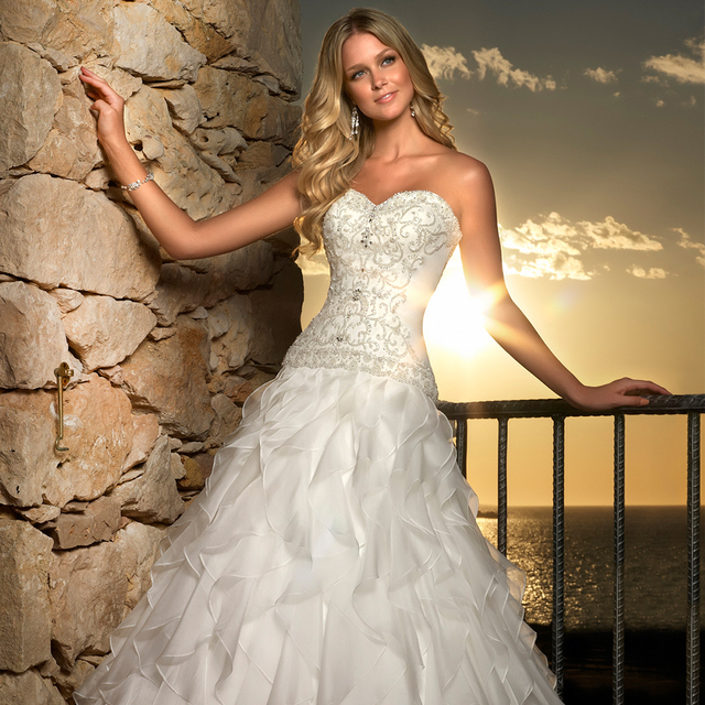 2017 New Beautiful Designer A Line Wedding Dress Ornately Beaded Bodice Organza Stunning Ruffles Skirt