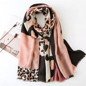 Image 3 - Женский шарф из пашмины с леопардовым принтом, дизайнерские хлопковые шарфы, шали и накидки, шифоновый хиджаб, бандана, 2019