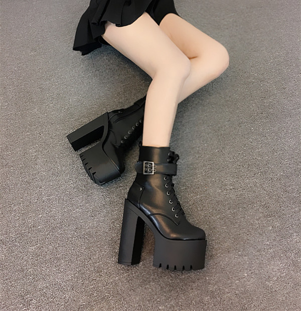 2017 autumn and winter new dance T station catwalk 13cm thick with Martin boots Night club shoes with super high boots dunlop winter maxx wm01 205 65 r15 t