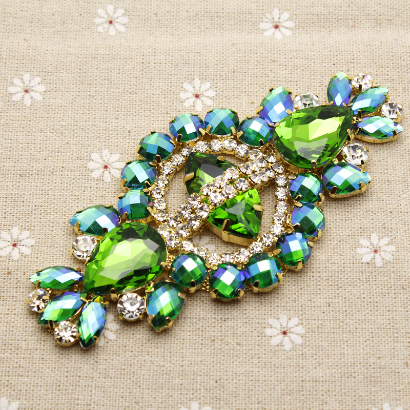 12 * 5.8cm Glas + harts Grön Färgrik Rhinestone Applique Gold Base Bröllop Klänning Bälte Applique Sy på Party Dress Decoration