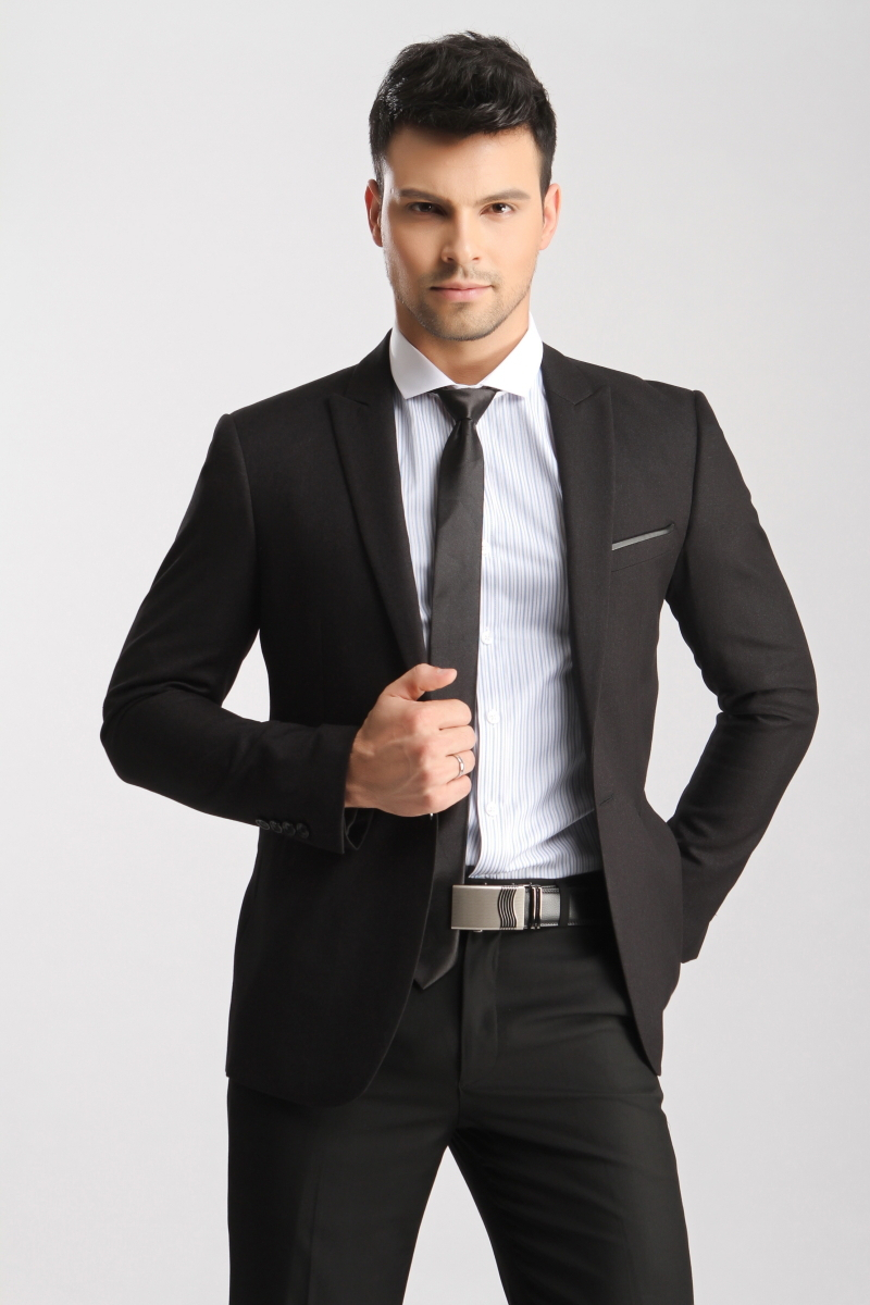 Free-Shipping-Hot-Sell-2014-Autumn-New-Mens-Luxury-Black-Grey-Business-Suits -Men-High-Quality.jpg