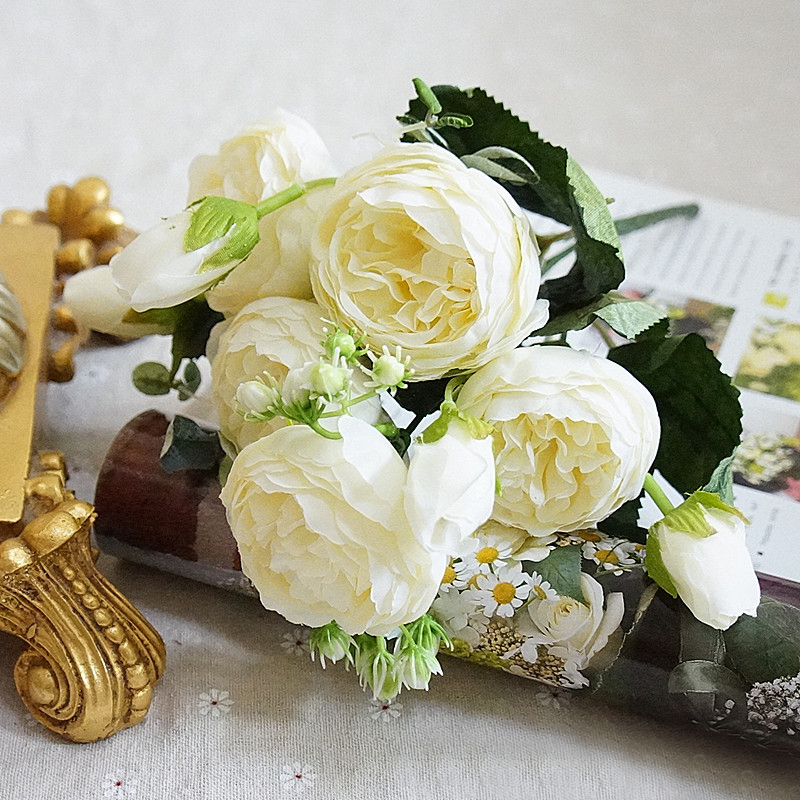 8 Heads Artificial Rose Flowers Decoration Bride Bouquet Silk Fake Bouquet Family Party Decoration Wedding Decor Supplies