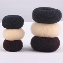 Czarny brązowy Ivory 1PC eleganckie kobiety panie dziewczyny magia Shaper Donut Hairbands Bun moda narzędzie do układania włosów akcesoria tanie tanio Mikrofibra WOMEN Dzieci Nakrycia głowy Patchwork D0110