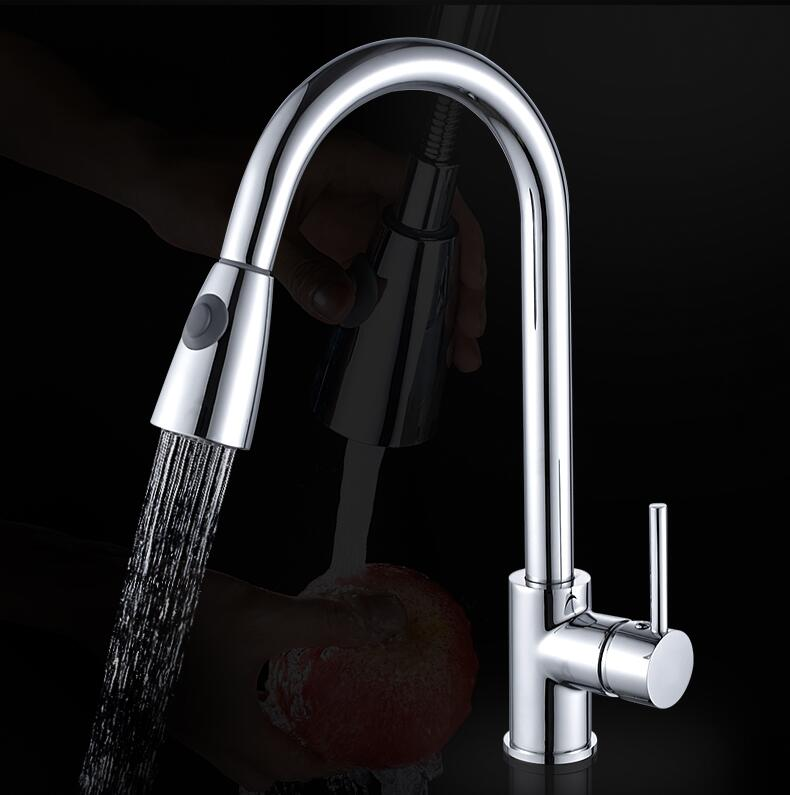 все цены на Brass chrome Pull Out Spray Kitchen Faucet Mixer Tap for Sinks Single Handle Deck Mounted Hot And Cold Water Pb-free
