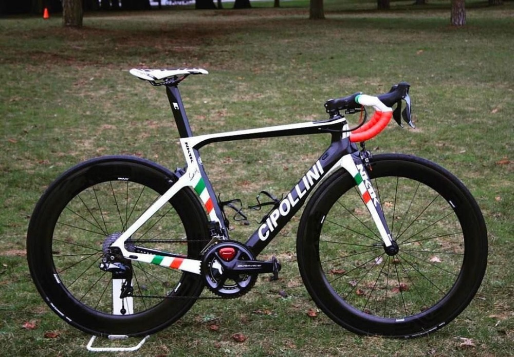 Word Chamption Cipollini NK1K Carbon Road Complete bike with Original R7000 R8000 groupset Cipollini Handlebar saddle