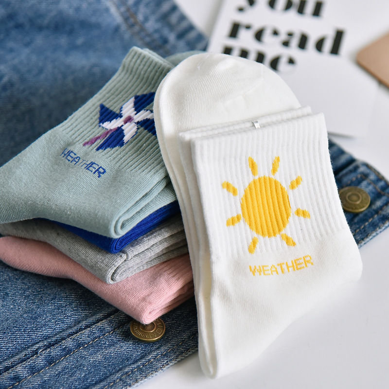 Cartoon Cloud Patterned Cute Short   Socks   Fashion Sun Moon Harajuku   Socks   Women Cotton Soft Breathable Funny   Socks   Hipster Swag
