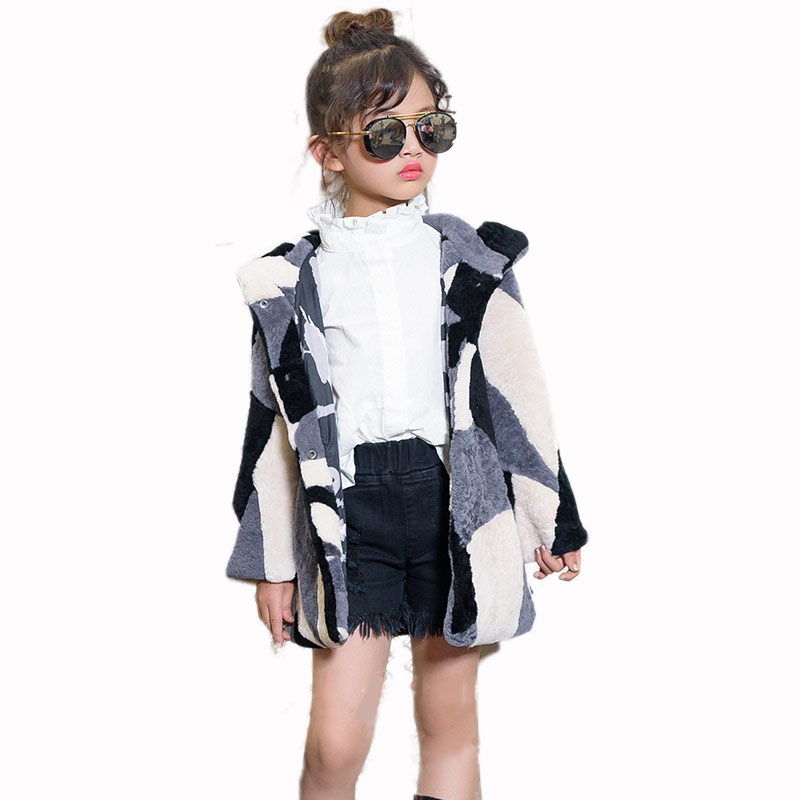 Baby children's fur coat boys and girls long hooded sheepskin shears one autumn and winter 2018 new children's fur jacket ZPC-54 sheepskin coat ad milano sheepskin coat