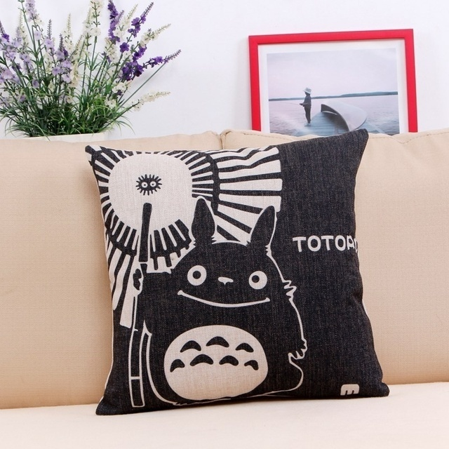 18×18 Inches Pillow Case Totoro (9 Design)