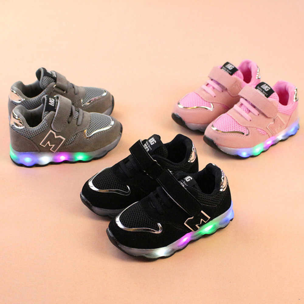 Kids Sneakers Toddler Mesh Shoes Children Baby Shoes LED Light Up Luminous Sneakers Chaussure Enfant Kids Light Up Shoes