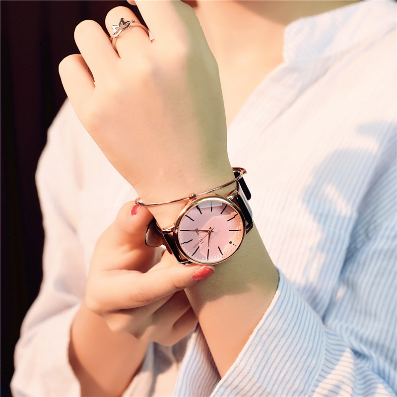 Diagonal design leather  luxury women watch quartz pink watch  3