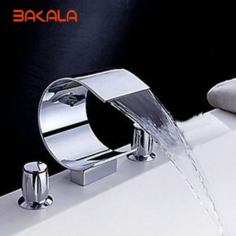 2017 Luxury Brass Wall Mounted Waterfall Bathtub Faucet For The